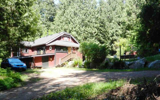2866 Sunshine Coast Highway, Roberts Creek, BC V0N 2W2 (#R2272630) :: RE/MAX Oceanview Realty