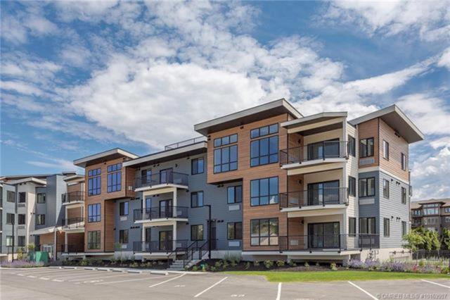 4215 Gellatly Place #1306, No City Value, BC V4T 2K3 (#R2288291) :: West One Real Estate Team