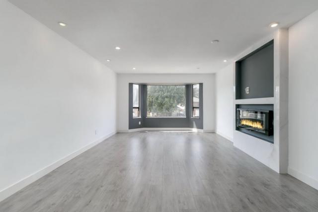 3021 Reece Avenue, Coquitlam, BC V3C 2L1 (#R2293363) :: West One Real Estate Team