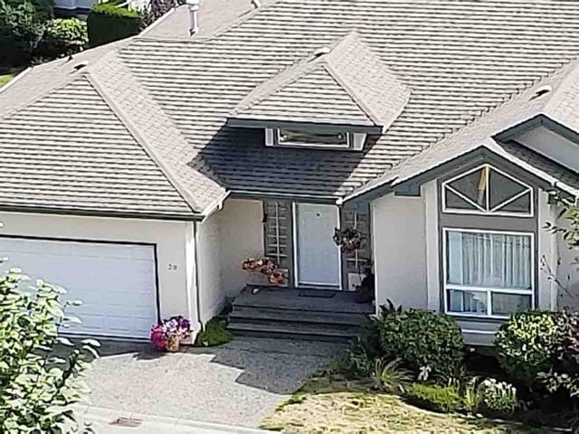 8590 Sunrise Drive #30, Chilliwack, BC V2R 3Z4 (#R2305209) :: JO Homes   RE/MAX Blueprint Realty