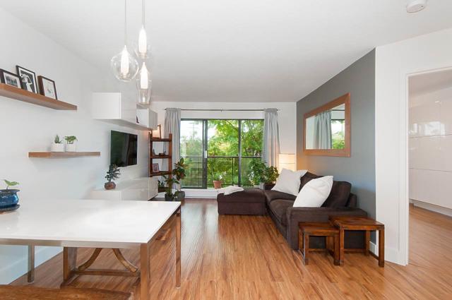 2222 Prince Edward Street #301, Vancouver, BC V5T 4M6 (#R2309265) :: JO Homes | RE/MAX Blueprint Realty