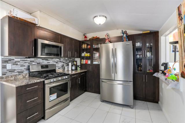 11765 96 Avenue, Surrey, BC V3V 1V9 (#R2314574) :: Vancouver Real Estate