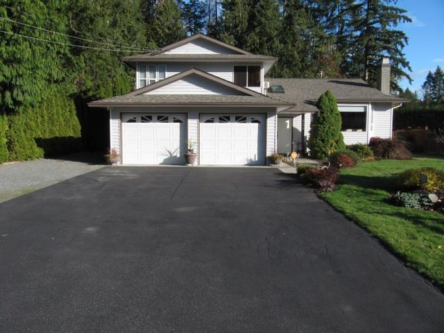 4170 207A Street, Langley, BC V3A 2G6 (#R2320272) :: Premiere Property Marketing Team