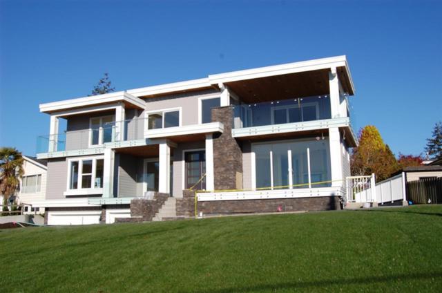 14459 Mann Park Crescent, White Rock, BC V4B 3A7 (#R2322137) :: Vancouver House Finders