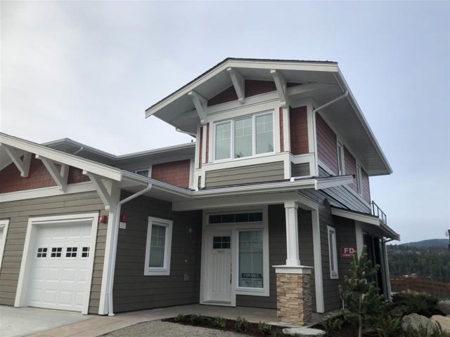 5927 Beachgate Lane, Sechelt, BC V0N 3A3 (#R2328680) :: RE/MAX City Realty