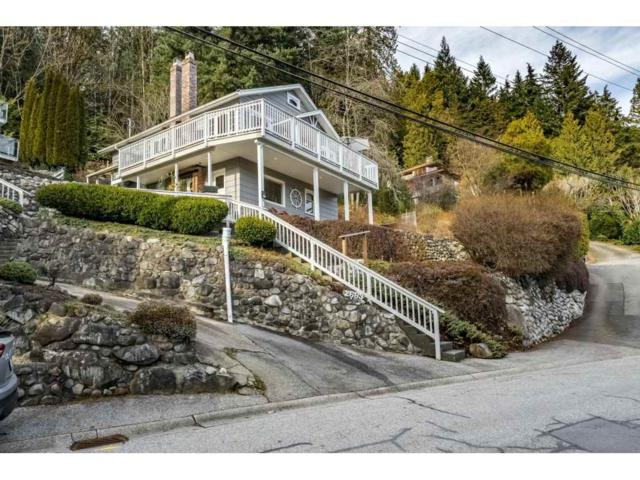 2689 Panorama Drive, North Vancouver, BC V7G 1V7 (#R2343279) :: TeamW Realty