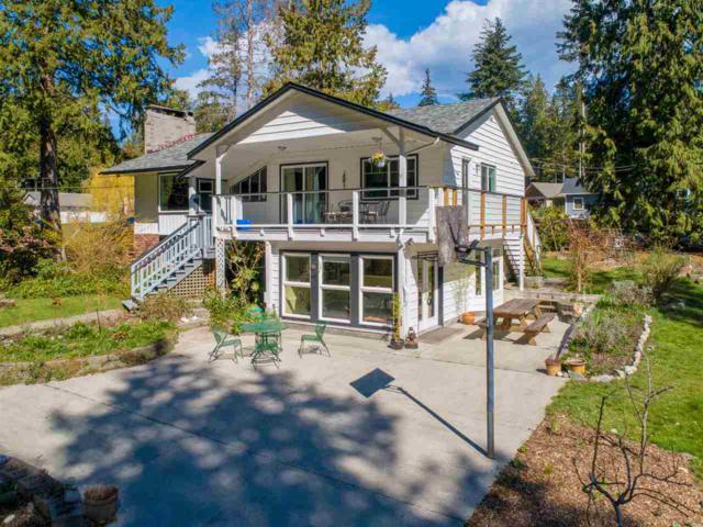 3334 Beach Avenue, Roberts Creek, BC V0N 2W2 (#R2352360) :: RE/MAX City Realty
