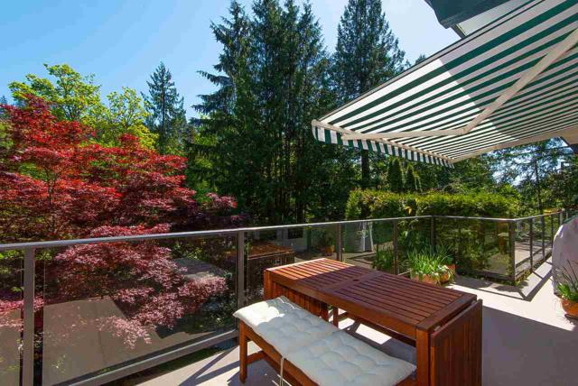 6935 Marine Drive, West Vancouver, BC V7W 2T4 (#R2365823) :: Royal LePage West Real Estate Services