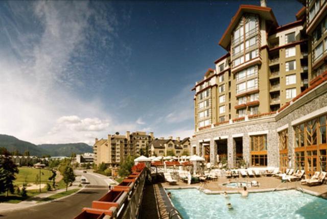 4090 Whistler Way #662, Whistler, BC V8E 1J3 (#R2378983) :: Royal LePage West Real Estate Services