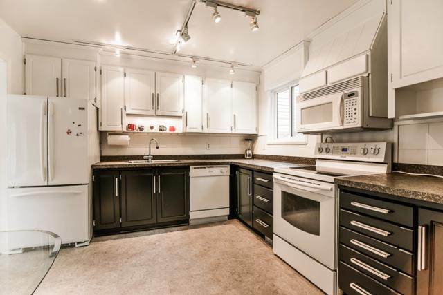 3397 Hastings Street #8, Port Coquitlam, BC V3B 4M8 (#R2383043) :: Vancouver Real Estate