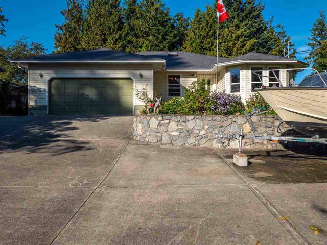 7826 Redrooffs Road, Halfmoon Bay, BC V0N 1Y1 (#R2409286) :: RE/MAX City Realty