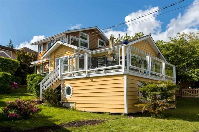 571 N Fletcher Road, Gibsons, BC V0N 1V9 (#R2458218) :: 604 Realty Group