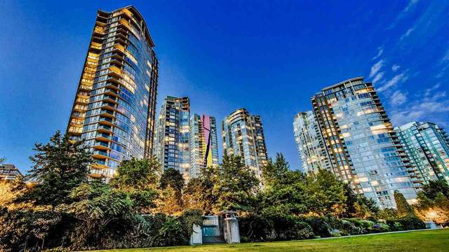 583 Beach Crescent #1701, Vancouver, BC V6Z 3E6 (#R2473275) :: RE/MAX City Realty
