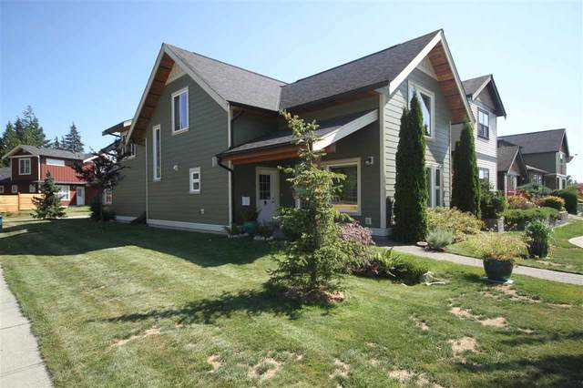 776 Wright Road, Gibsons, BC V0N 1V7 (#R2485385) :: Initia Real Estate