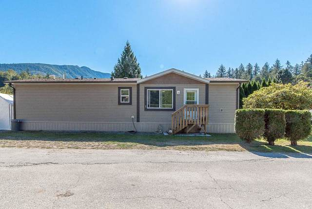 3942 Columbia Valley Road #1, Chilliwack, BC V2R 5B1 (#R2495623) :: Homes Fraser Valley