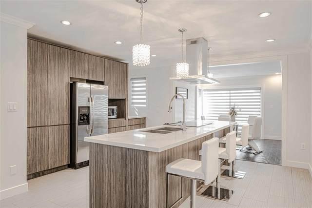 62 Shoreline Circle, Port Moody, BC V3H 5B3 (#R2501654) :: Initia Real Estate