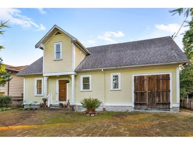 21198 Wicklund Avenue, Maple Ridge, BC V2X 3R9 (#R2506044) :: Initia Real Estate