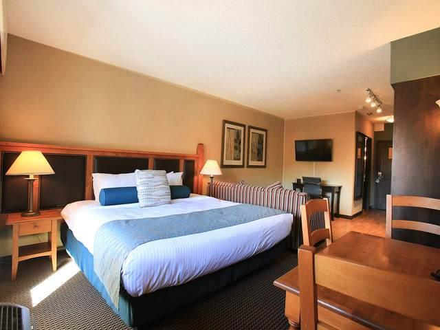 4220 Gateway Drive #116, Whistler, BC V8E 0Z7 (#R2511182) :: Homes Fraser Valley