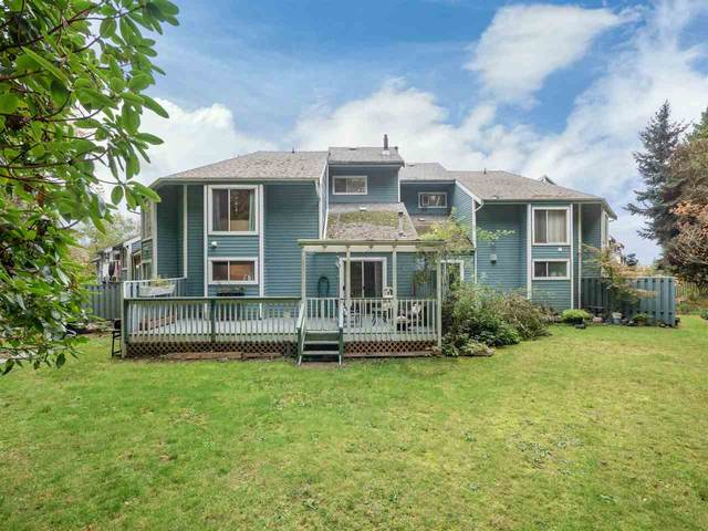 822 Gibsons Way #6, Gibsons, BC V0N 1V7 (#R2512950) :: Initia Real Estate