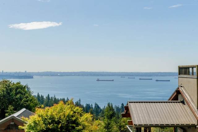 3315 Cypress Place #303, West Vancouver, BC V7S 3J7 (#R2531337) :: Macdonald Realty