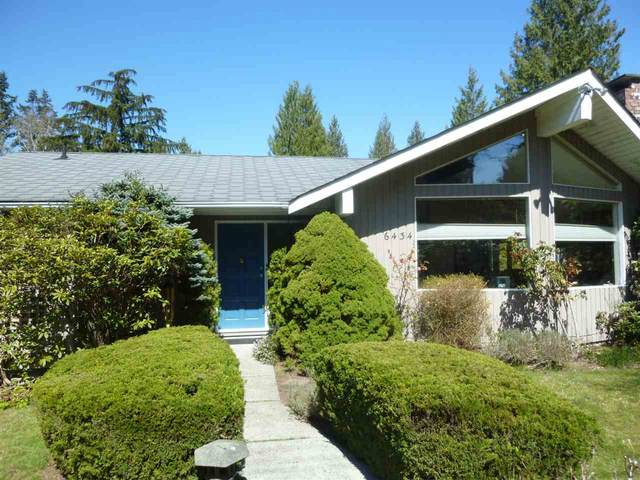 6434 Samron Road, Sechelt, BC V0N 3A7 (#R2567350) :: Initia Real Estate