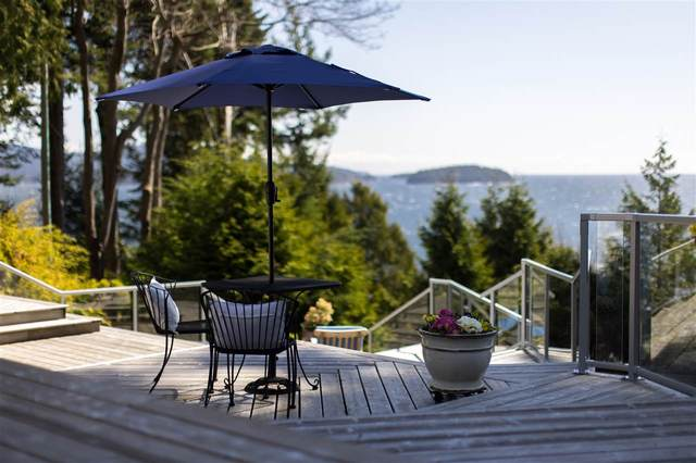 1085 Gower Point Road, Gibsons, BC V0N 1V3 (#R2567556) :: RE/MAX City Realty