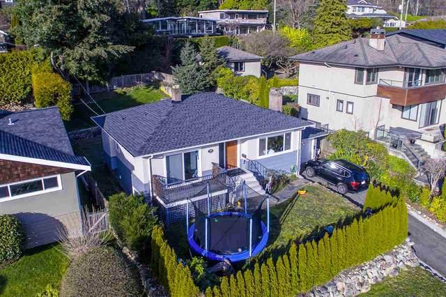 1145 Lawson Avenue, West Vancouver, BC V7T 2E4 (#R2579857) :: 604 Home Group
