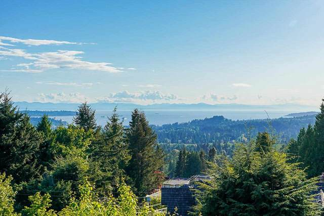 3955 St. Pauls Avenue, North Vancouver, BC V7N 1T4 (#R2584404) :: 604 Home Group