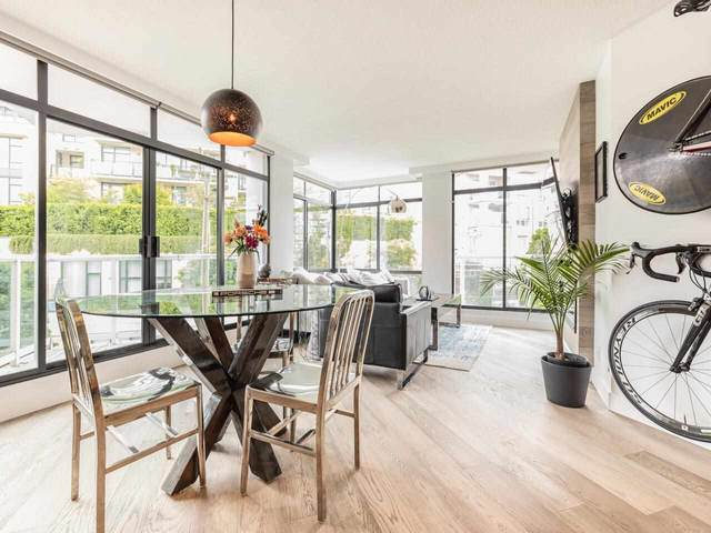 130 E 2 Street #503, North Vancouver, BC V7L 1C3 (#R2585234) :: 604 Home Group