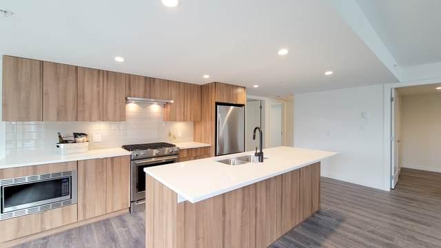 1365 Pemberton Avenue #201, Squamish, BC V8B 0J7 (#R2586106) :: Initia Real Estate