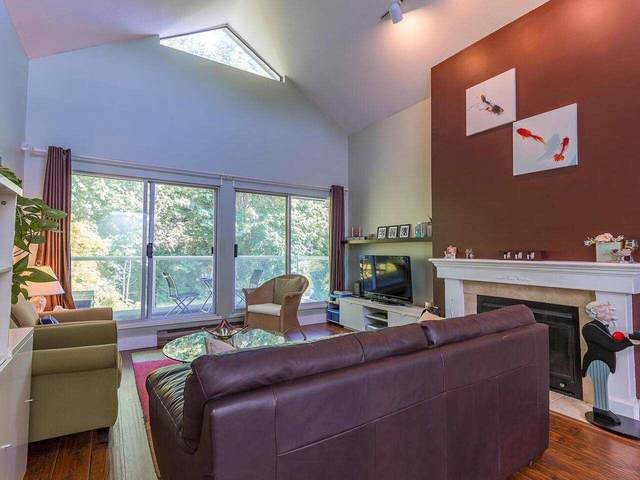 2733 Atlin Place #407, Coquitlam, BC V3C 5B1 (#R2588136) :: Premiere Property Marketing Team