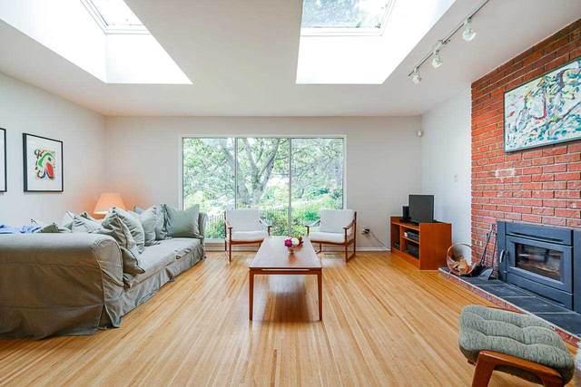 2984 Fleet Street, Coquitlam, BC V3C 3R8 (#R2590460) :: Ben D'Ovidio Personal Real Estate Corporation | Sutton Centre Realty