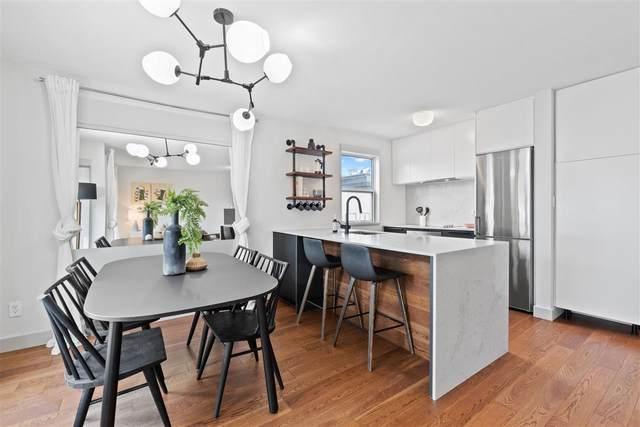 985 W 10TH Avenue #403, Vancouver, BC V5Z 1L9 (#R2591067) :: 604 Home Group