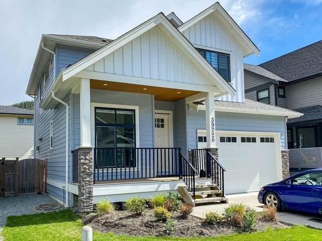 39226 Falcon Crescent, Squamish, BC V8B 0V8 (#R2594440) :: 604 Home Group