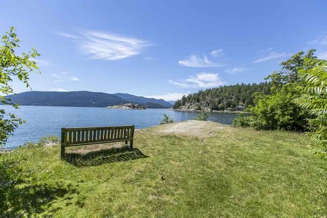 6280 Wellington Avenue, West Vancouver, BC V7W 2H4 (#R2594716) :: Initia Real Estate