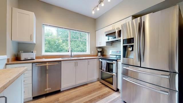 1800 Mamquam Road #40, Squamish, BC V8B 0J1 (#R2598720) :: Initia Real Estate