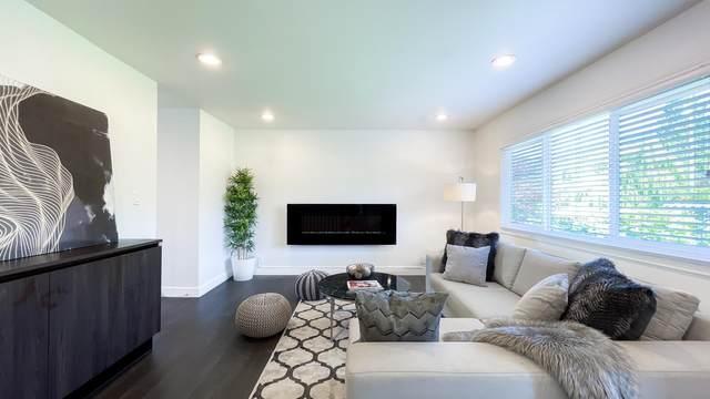 1168 Jefferson Avenue, West Vancouver, BC V7T 2A8 (#R2602275) :: Initia Real Estate