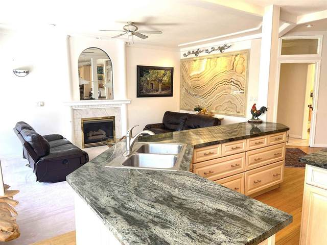 2638 Sandstone Crescent, Coquitlam, BC V3E 2T8 (#R2602725) :: Initia Real Estate