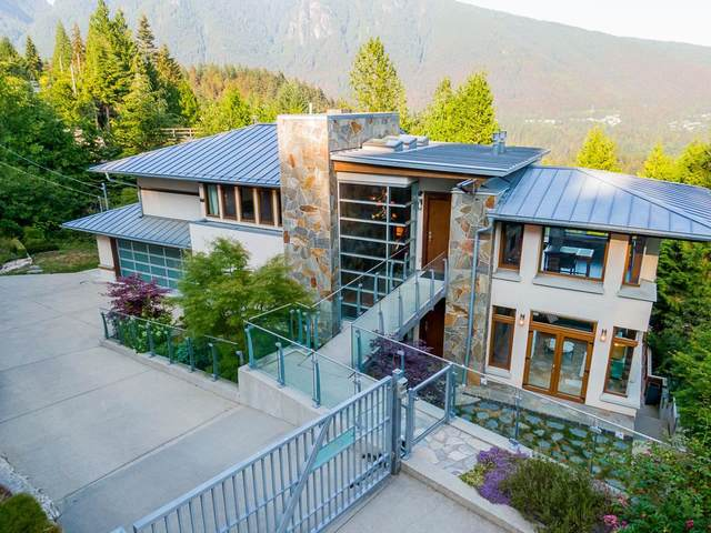 561 Ballantree Road, West Vancouver, BC V7S 1W4 (#R2603082) :: Premiere Property Marketing Team