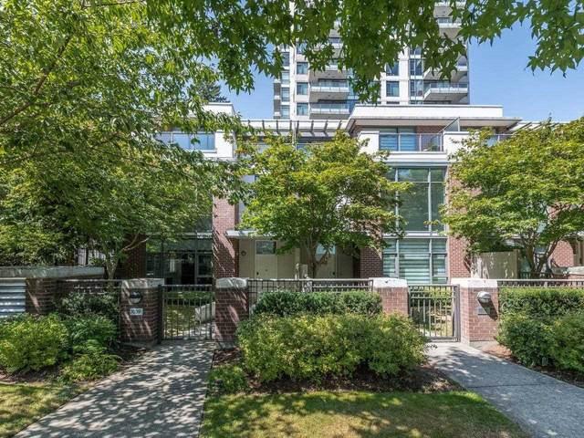 7039 17TH Avenue, Burnaby, BC V3N 1K6 (#R2605053) :: 604 Realty Group