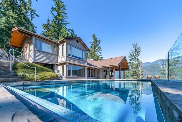 5772 Sunshine Falls Lane, North Vancouver, BC V7G 2T9 (#R2613401) :: 604 Home Group