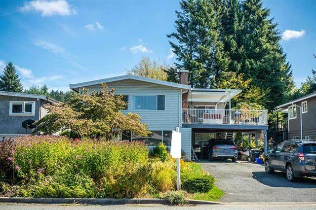 7181 Maureen Crescent, Burnaby, BC V5A 1H2 (#R2617745) :: 604 Home Group