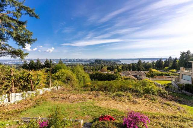 797 Eyremount Drive, West Vancouver, BC V7S 2A3 (#R2624310) :: Ben D'Ovidio Personal Real Estate Corporation | Sutton Centre Realty