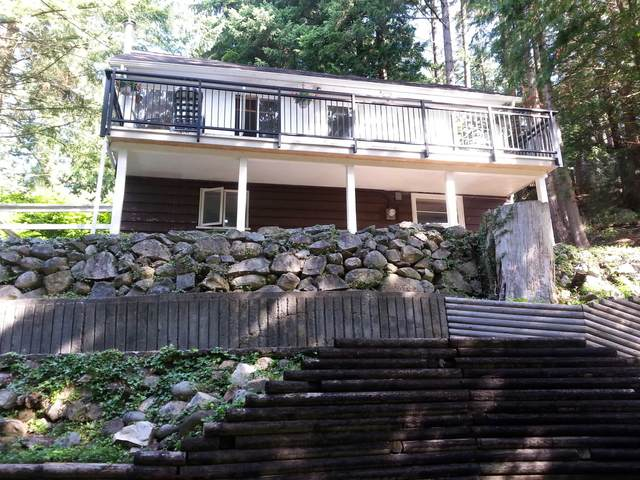 5677 Eagle Harbour Road, West Vancouver, BC V7W 1P4 (#R2626946) :: 604 Realty Group