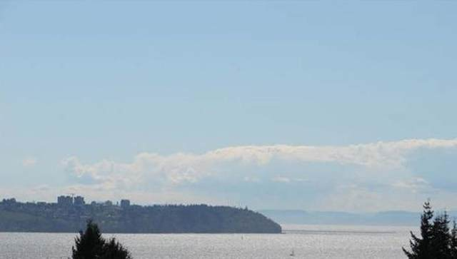 3519 Mathers Avenue, West Vancouver, BC V7V 2K8 (#R2627306) :: 604 Home Group