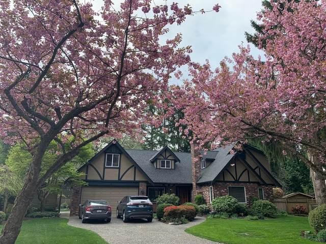13252 17A Avenue, Surrey, BC V4A 6R9 (#R2627726) :: 604 Home Group