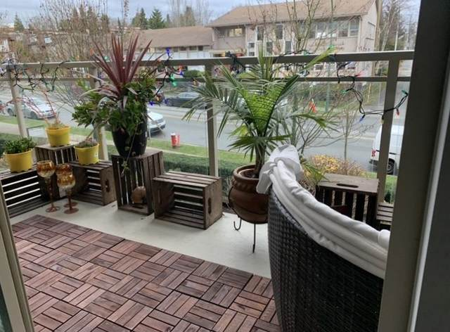1033 St. Georges Avenue #210, North Vancouver, BC V7L 3H5 (#R2628076) :: Initia Real Estate