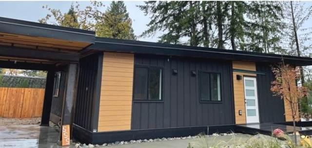 553 Veterans Road, Gibsons, BC V0N 1V3 (#R2628105) :: 604 Home Group