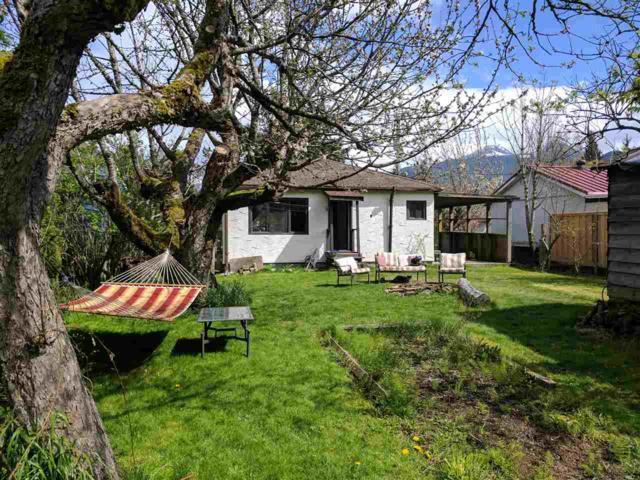 39705 Clark Road, Squamish, BC V0N 3G0 (#R2258963) :: Vancouver House Finders