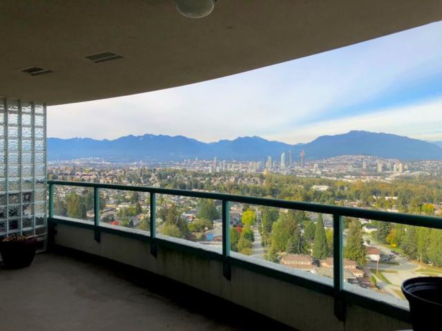 5833 Wilson Avenue #1901, Burnaby, BC V5H 4R8 (#R2308649) :: TeamW Realty